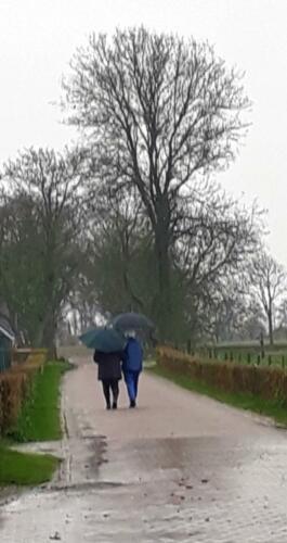 2019-12-09 mooi als je het samen wel red, zelfs in de regen buiten