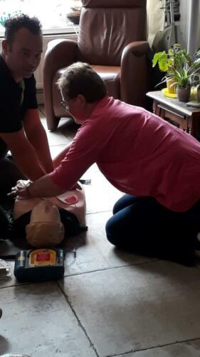 2019-7-10 BHV training voor vrijwilligers; reanimatie met AED
